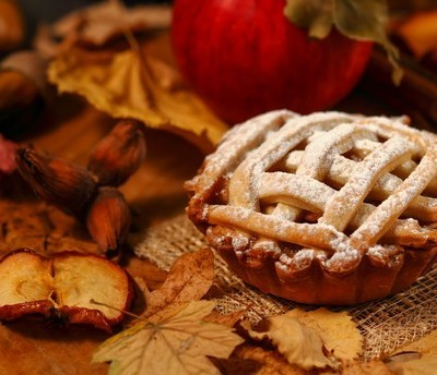 The Chew: Foolproof Thanksgiving Dessert + Mario Batali Classic Treat