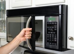 Dr Oz: Plastic In Microwave, Addictive Eating + Walk-In Procedures