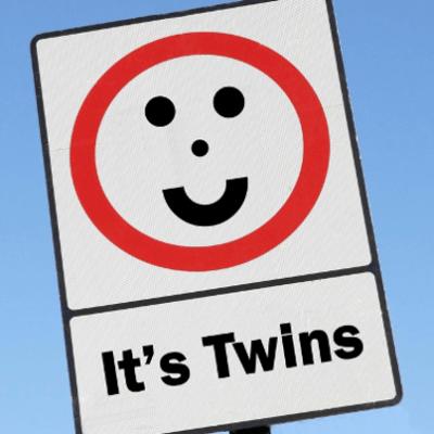 "GMA: Twins Born 24 Days Apart + Anti-""Gossip Girl"" Twitter Account"