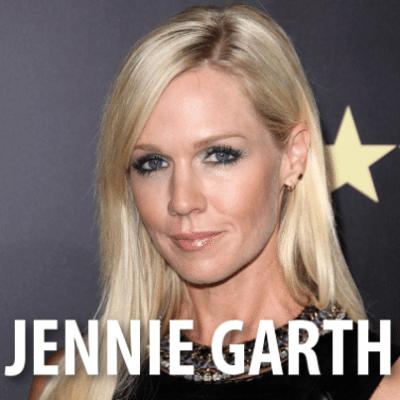 The Talk: Tori Spelling + Jennie Garth Mystery Girls & 90210 Reference