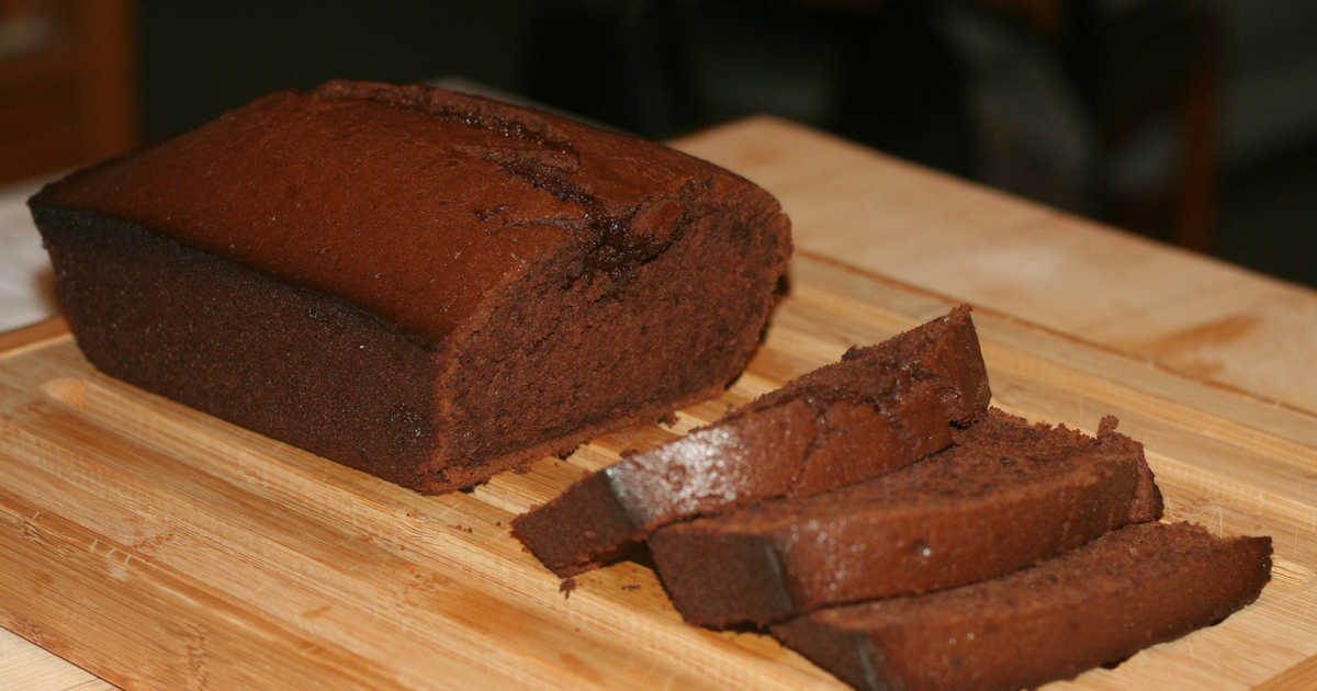Chocolate Pound Cake With Caramel Icing Chew